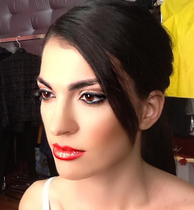 makeup hair styling
